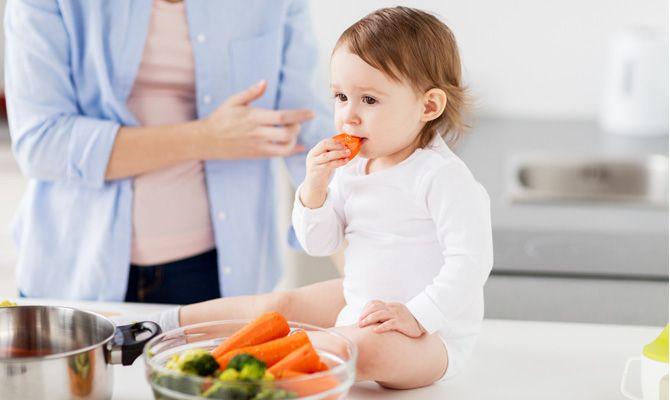 Jak naučit dítě jíst ovoce a zeleninu